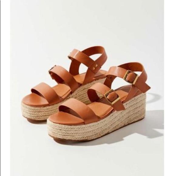 Urban Outfitters Espadrille Sandals tan platform